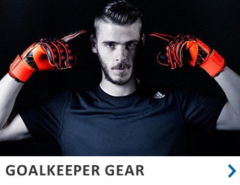 Equipment - Goalkeeper gloves and gear